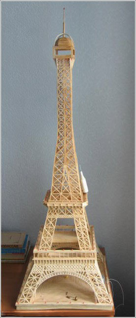 Про Эйфелеву башню из спичек я
